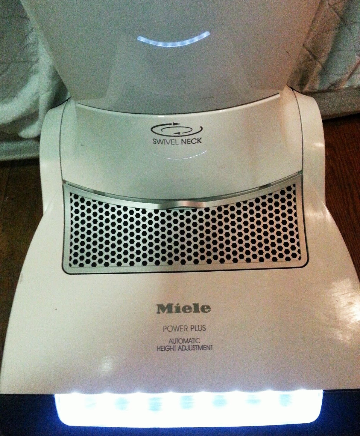 Miele S7260 Cat Amp Dog Upright An In Depth Review