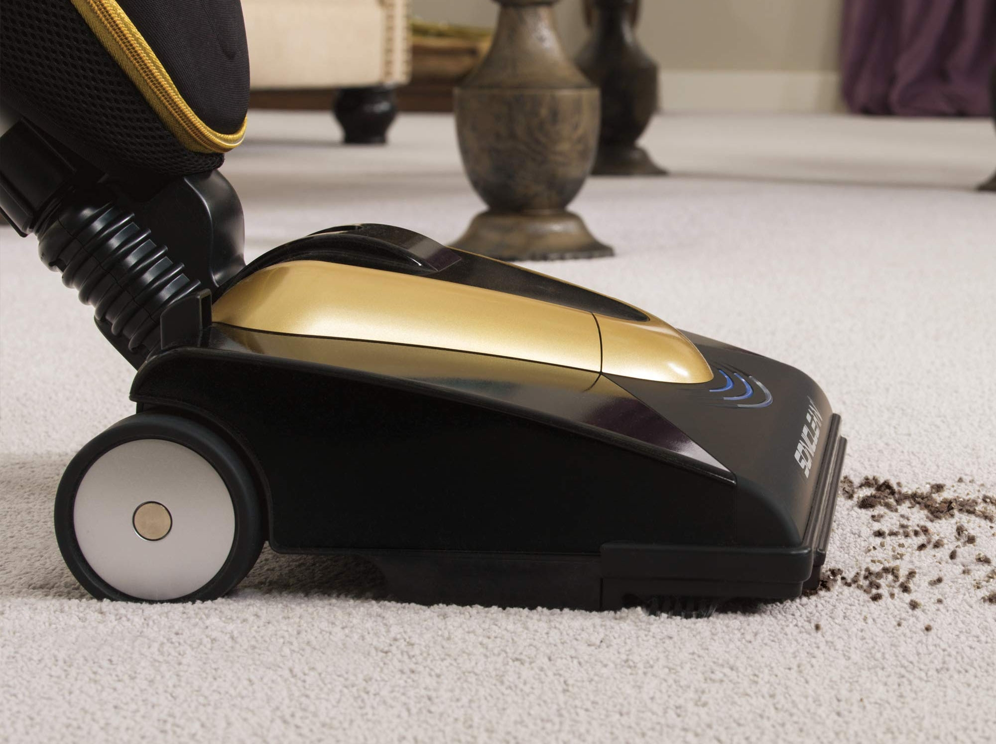 Best vacuum for soft carpet – Cleaning sensitive plush rugs